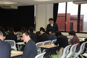 大学マネ2018写真3(小).jpg
